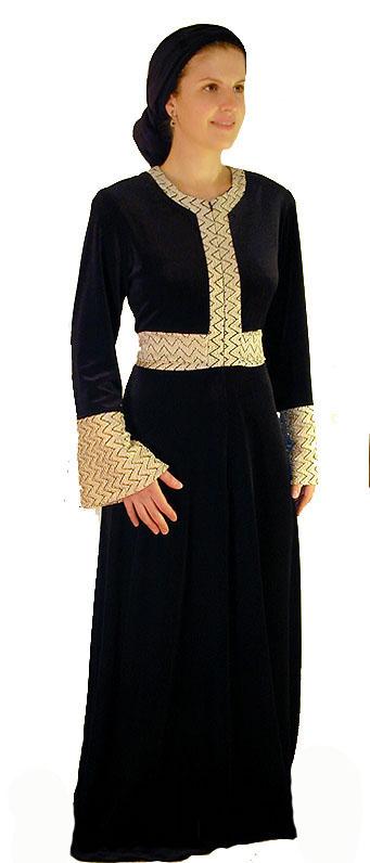 The Duchess Gown<!-- 2006V2SL -->